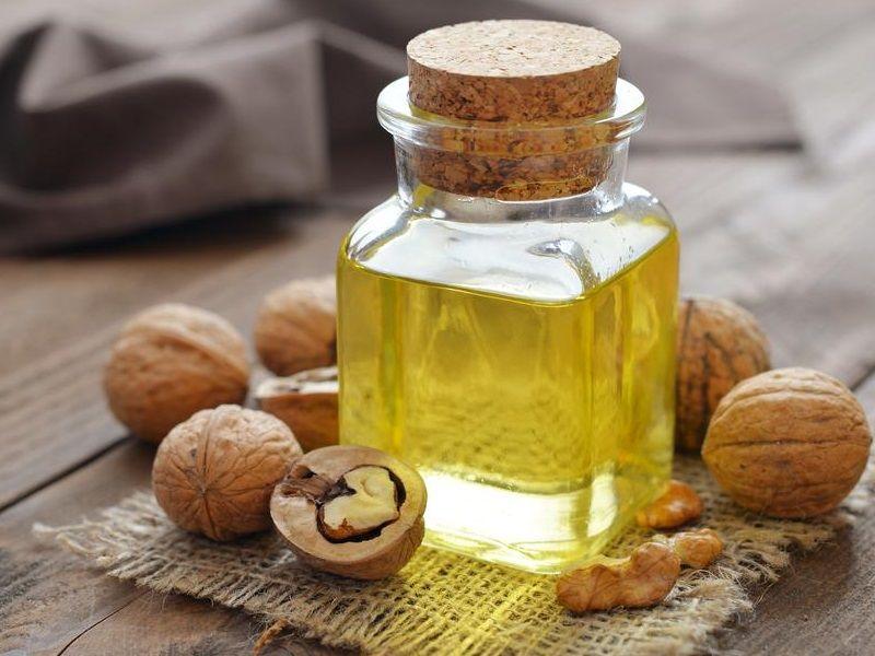 Полезные свойства масла грецкого ореха для здоровья и противопоказания для применения